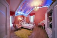 Превращаем потолок детской комнаты в сказку